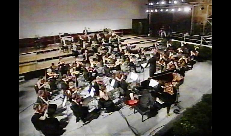con l'orchestra della Fondazione Toscanini